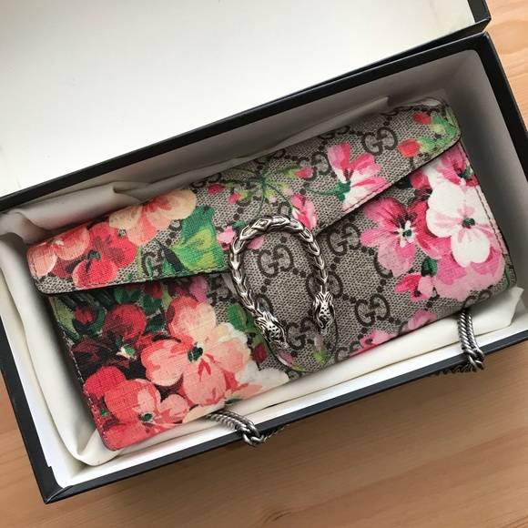 348702b703bfd7 Gucci Bags | Dionysus Gg Blooms Wallet On Chain | Poshmark